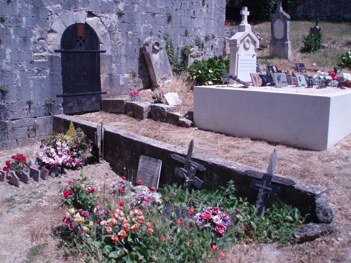 ruine kerk Aleyrac