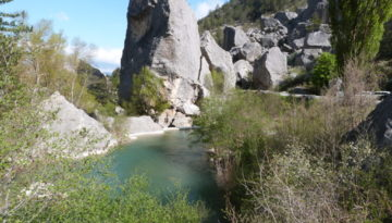 De bijzondere rotsformatie Les Claps, Luc-en-Diois