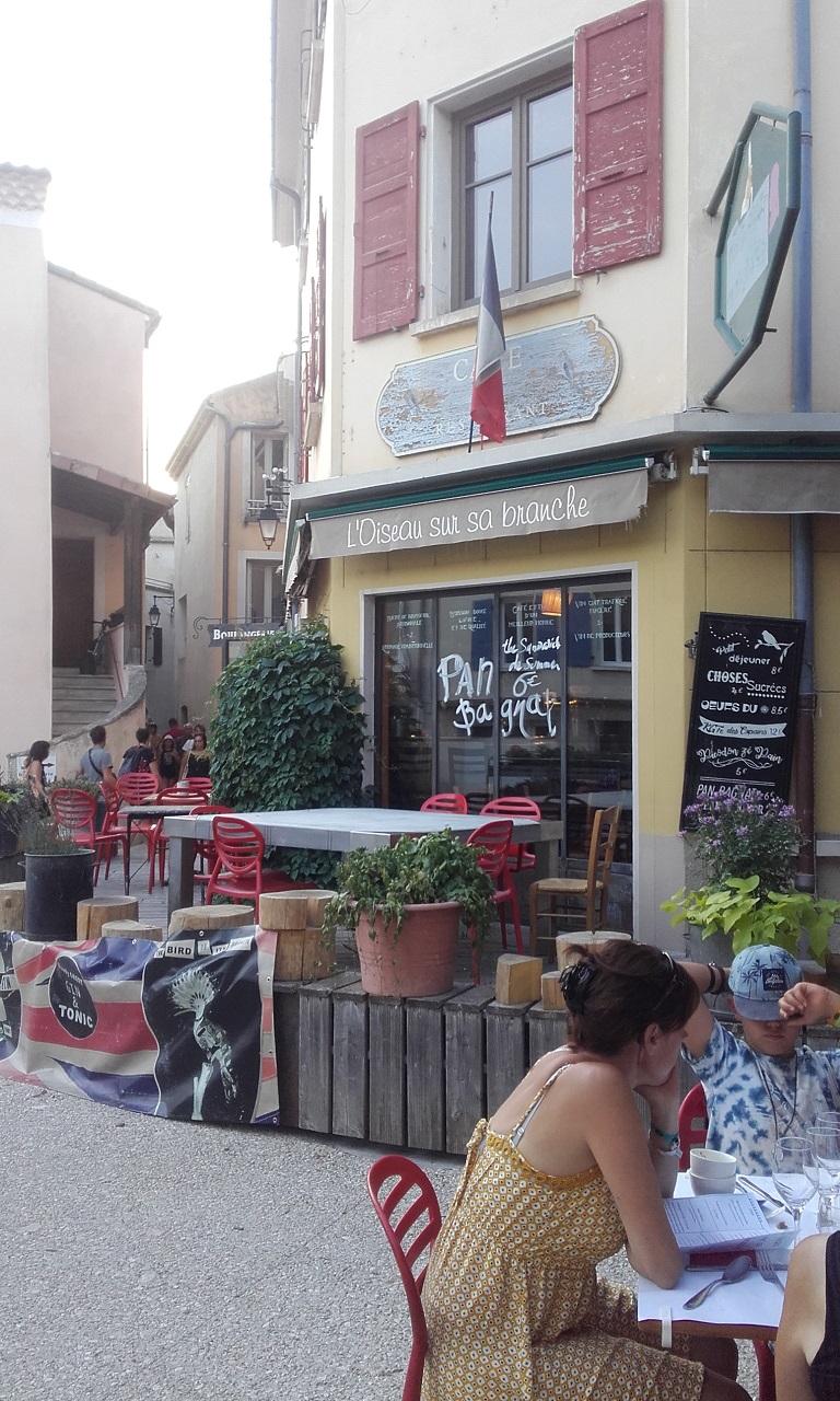 Restaurant l'Oiseau sur sa branche, Saoû